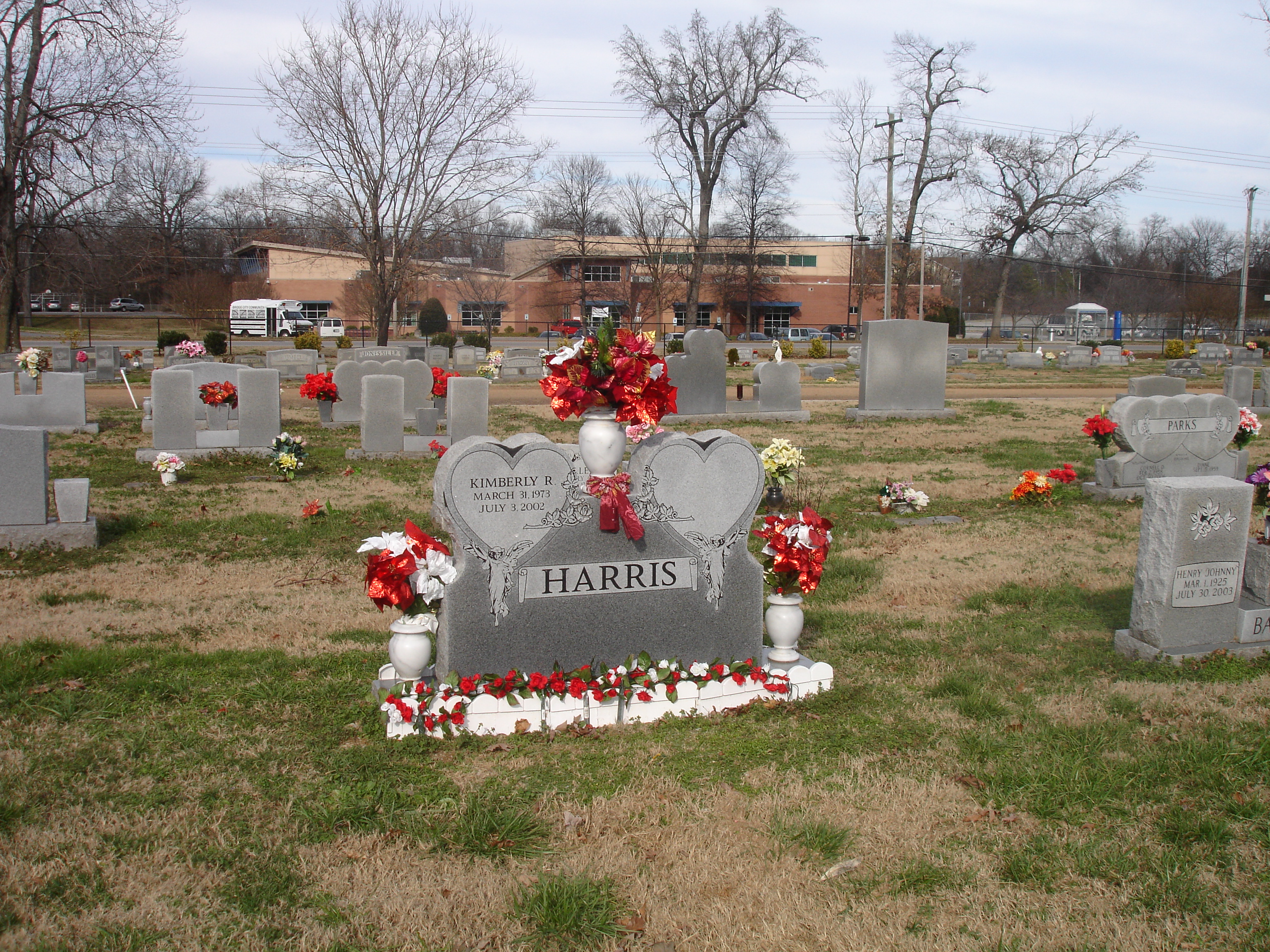 christmas flowers for graves - Christmas Grave Decorations